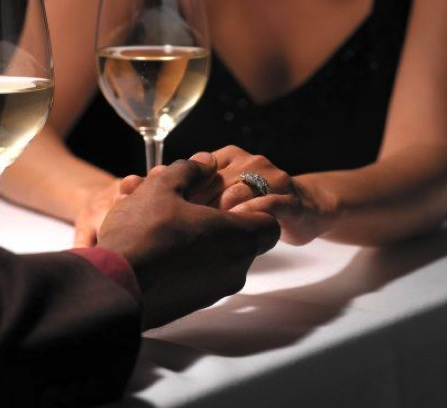 black-couple-holding-hands-dinner12