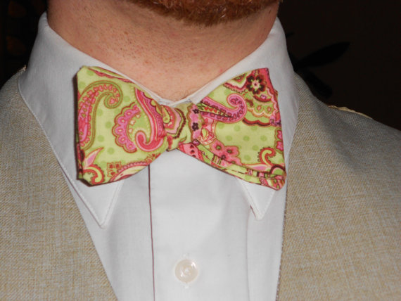 Shoggoth-Print Paisley Thistle/Butterfly Cotton Bowtie